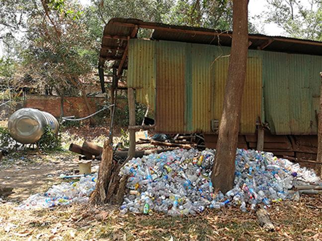 Rifiuti di plastica, Cambogia